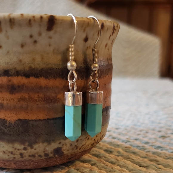 Vintage Jewelry - Turquoise Silver Earrings